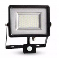 Strålkastare m/sensor LED Lagertömning: V-Tac 30W LED strålkastare med sensor - SMD